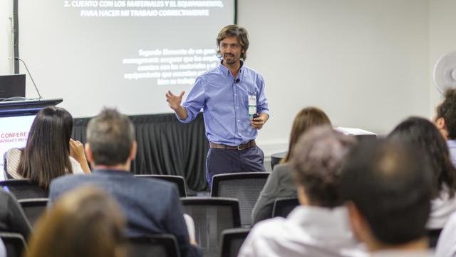 Santiago Fernández participó en la Conferencia Contract Workplaces